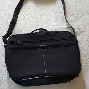 Samsonite 700 Series Carry on laptop/cosmetics bag